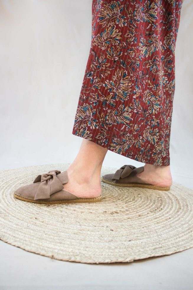 coco-friendly-espadrilles-mules-taupes