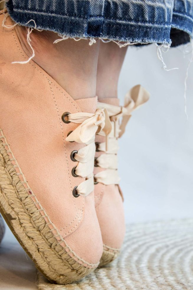 coco-friendly-espadrilles-roses-poudrees-lacets