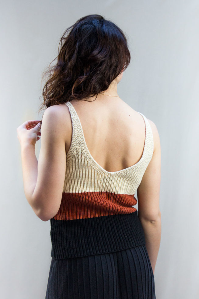 coco-friendly-tops-debardeur-knitted-caramel-back