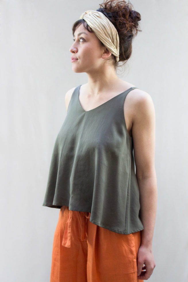 coco-friendly-tops-debardeur-tencel-taupe-scaled