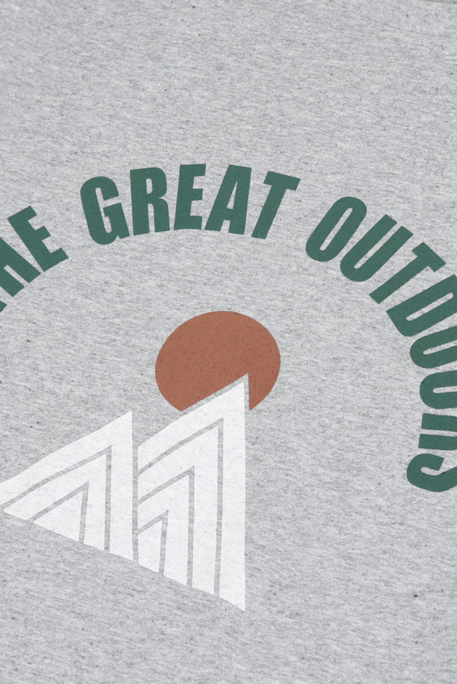 coco-friendly-gris-the-great-outdoor-t-shirt
